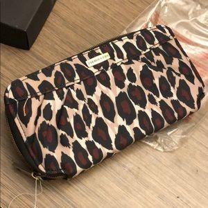 TravelOn wallet! Brand new